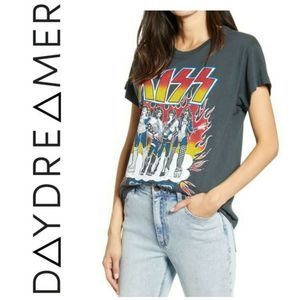 NWT Daydreamer Kiss Rock Band Tour Graphic Tee
